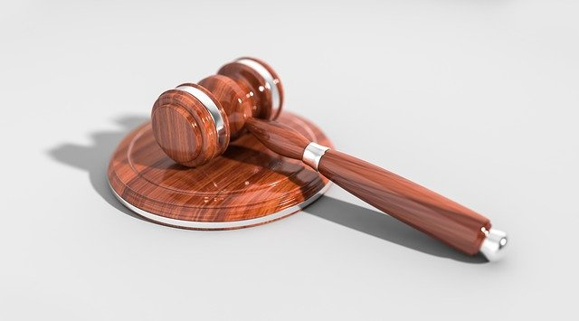 Czego musimy oczekiwać od stosownego adwokata?